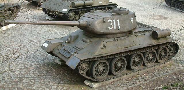 Танк Т-34 (фото Радомила Бинека, Познань)