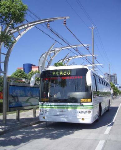 Суперкандэнсатарны электробус