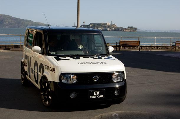 Тестирование прототипа электромобиля Nissan EV-02